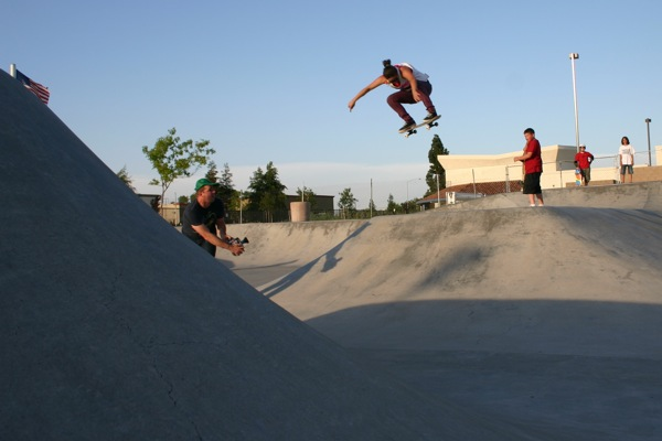 Blog Cam #18 – Girls Summer Gathering Ripon Skatepark 2009