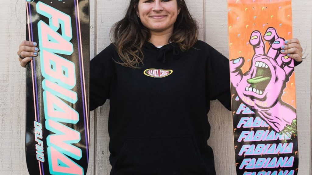 Santa Cruz   Fabiana Delfino is Pro!